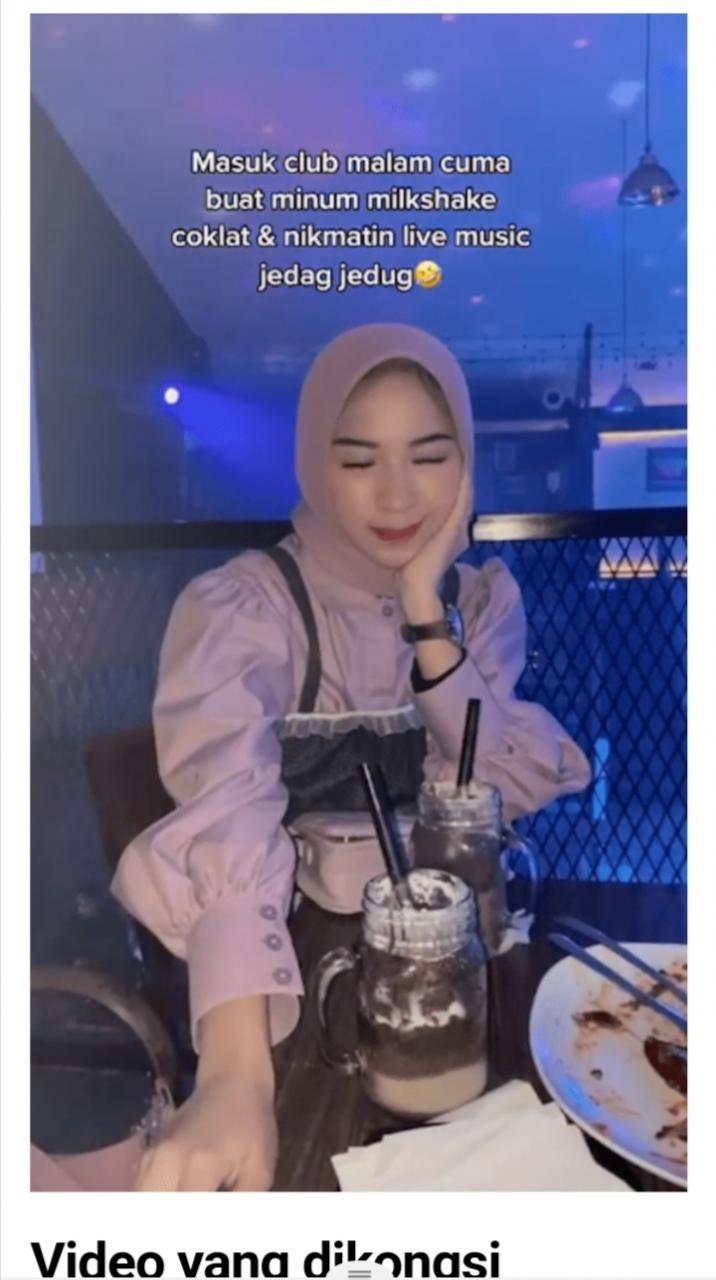 Gadis lengkap bertvdung Akui Masuk Kelab Malam, N4k Layan Muzik & Minum Milkshake Je.. Hmm