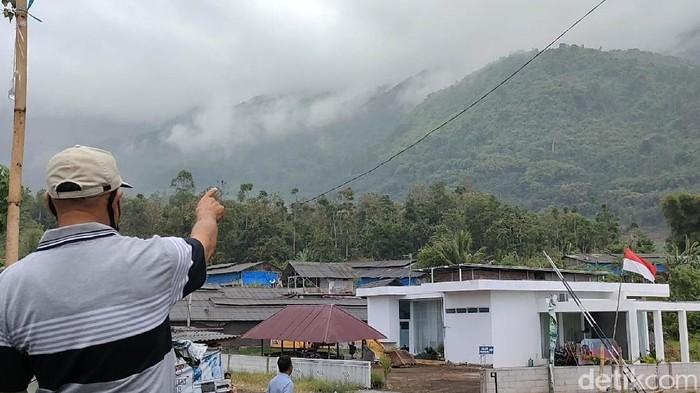 (Video) Ditemui Selepas 6 Hari Hilang Di Gunung, Remaja Kata Hanya Hilang Beberapa Jam & Ada Nenek Bagi Makan